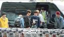 [SW포토] 차에서 내리는 그룹 유앤비