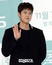 [SW포토] 배우 공명, 다정한 모습으로 포~즈