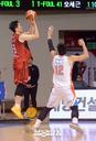 [SW포토]인삼공사 기승호,'3점 슛이다'