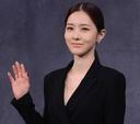 김유리, '믿기지 않는 개미 허리'