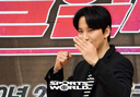 [SW포토]김남길,'다혈질 사제 포즈'