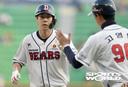 [SW포토] 두산 박건우, 1타점 희생타 1-0 리드