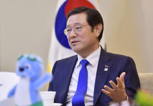 "[SW인터뷰] 이용섭 광주시장 ""남북 하나 되어 평화의 물결 넘실대기를"""