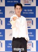 [SW포토]신화 전진,'난 패션에 호구'