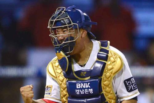 김태군, '4년 최대 13억원 FA 계약'으로 NC 잔류