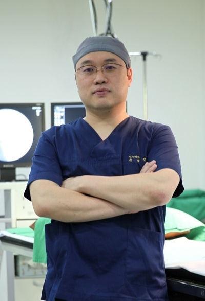'목디스크 징조' 목·어깨통증·손저림… 고주파수핵감압술 효과