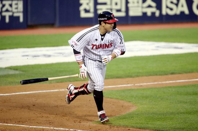 LG 유강남, 역전 3점 홈런 작렬…시즌 9호포